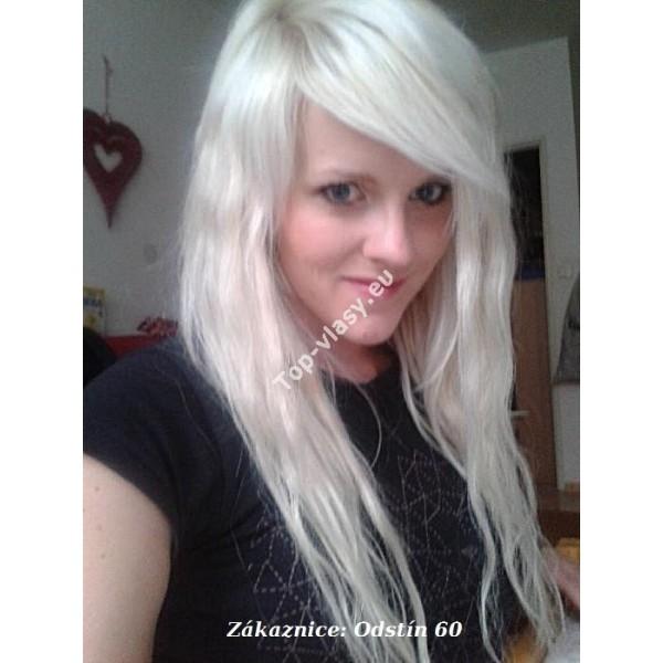 platinové vlasy